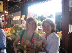 Maddie Earnest and Carolyn Mugar, Executive Director of Farm Aid
